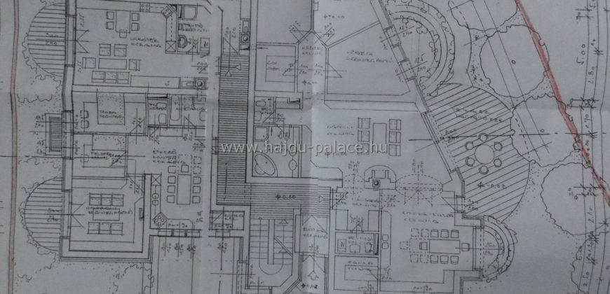 Társasházi beépítés elő tervével 1251 m2 telek eladó Hajdúszoboszlón üdülő övezetben