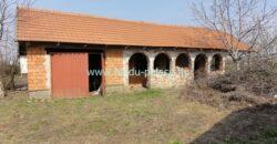 Eladó jó adottságú felújítandó családi ház Tetétlen községben